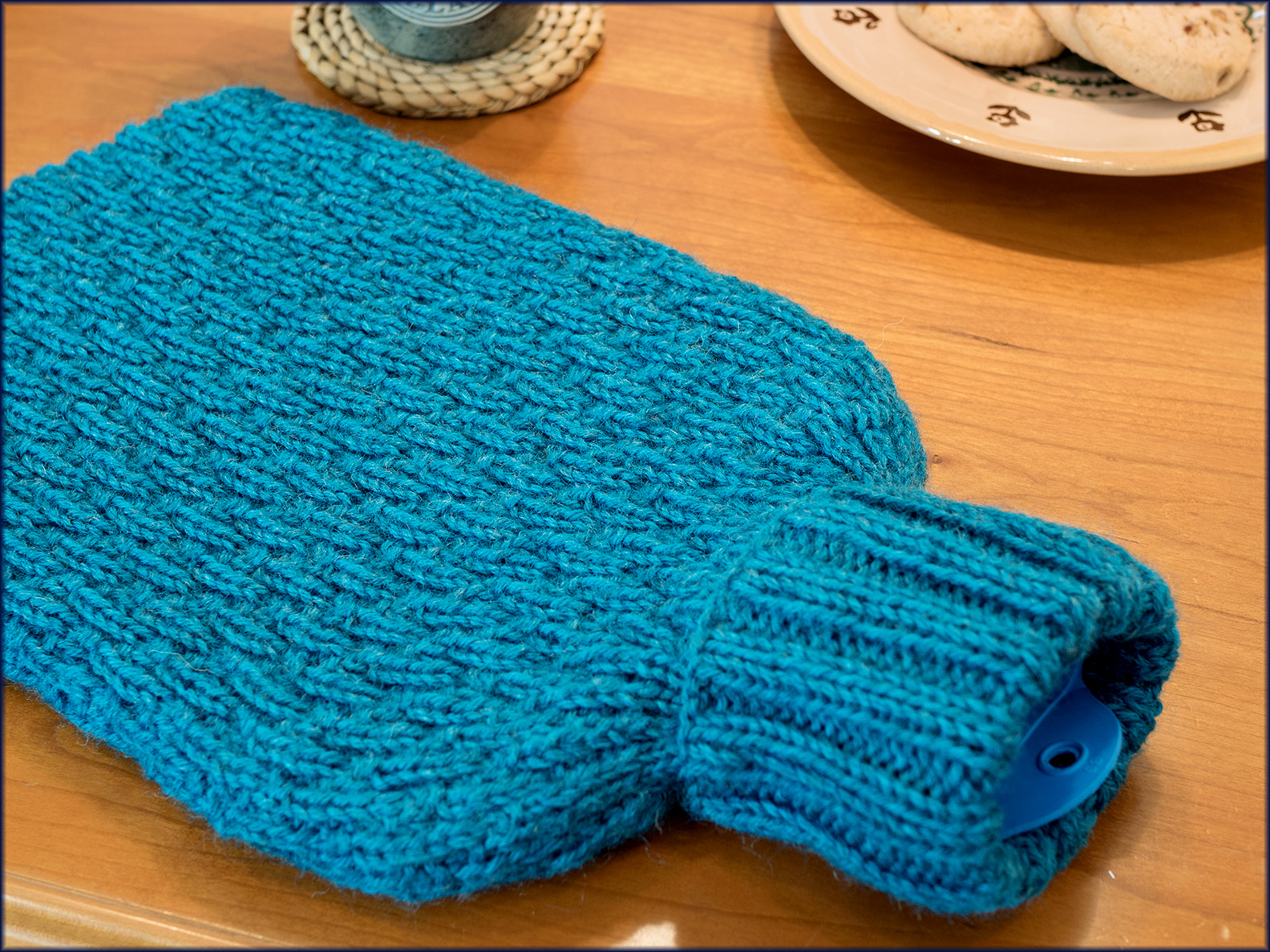Joules and Joulietta Hot Water Bottle Covers Knitting Pattern by ...